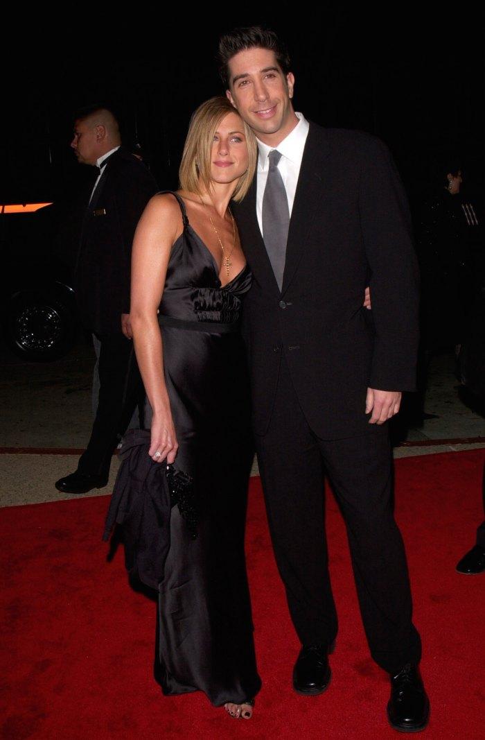 David Schwimmer rechaza los rumores de que está saliendo con Jennifer Aniston