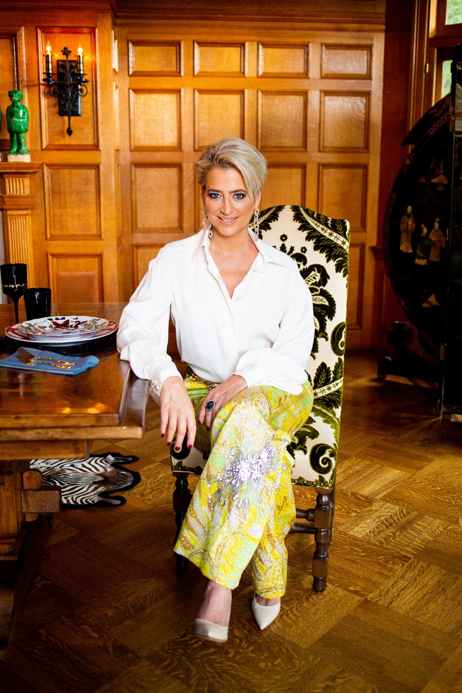 Dining Room Dorinda Medley Alexandra Arnold Real Housewives of New York's Dorinda Medley Is Renting Out Her 18-Acres Blue Stone Manor