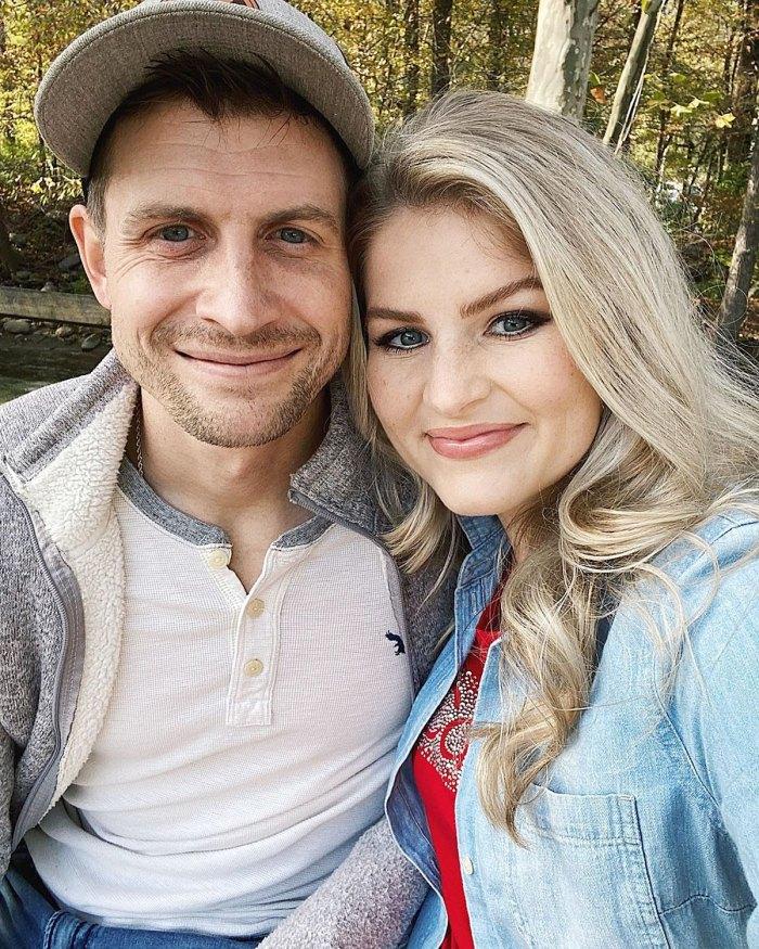 La crianza de Erin de Bates está embarazada de su quinto bebé después de complicaciones de salud
