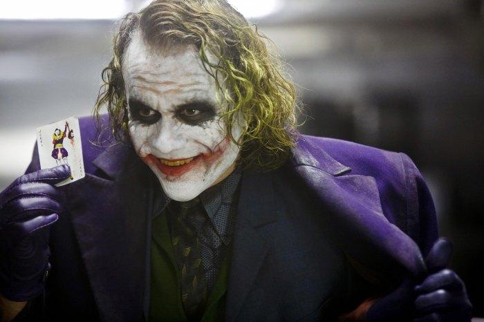 Joseph Gordon-Levitt presentó a Batman y Joker en 'Mr.  Corman ': fue' una especie de coincidencia '