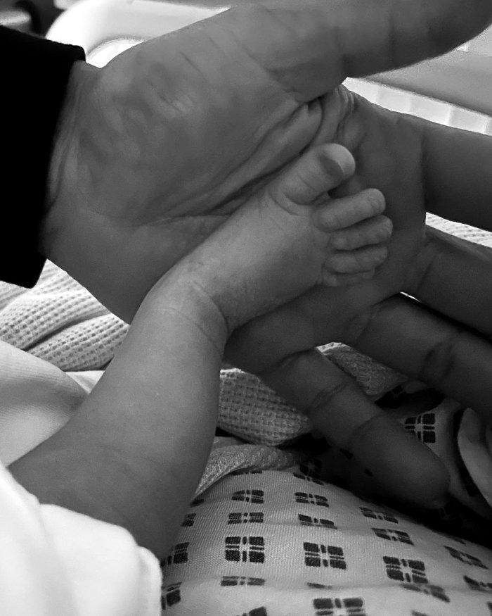 Perrie Edwards de Little Mix da a luz, da la bienvenida a su primer hijo con Alex Oxlade-Chamberlain