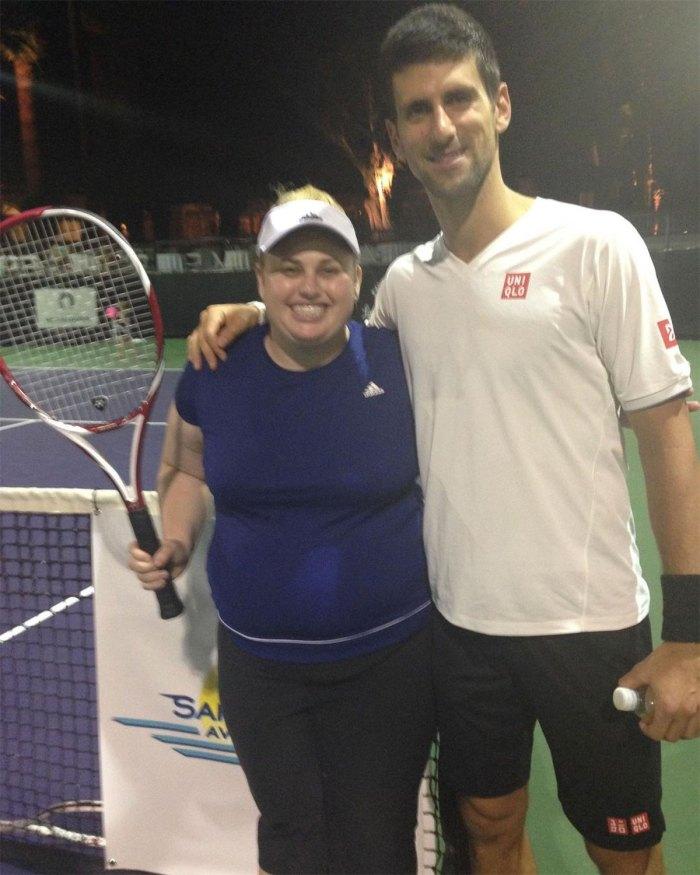Rebel Wilson recuerda haber usado comida para adormecer mis emociones antes de su año de transformación de salud 2 Tenis Novak Djokovic