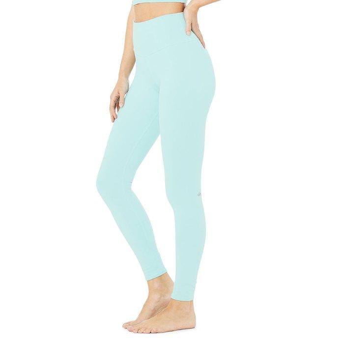 alo-yoga-rebajas-aerógrafo-leggings