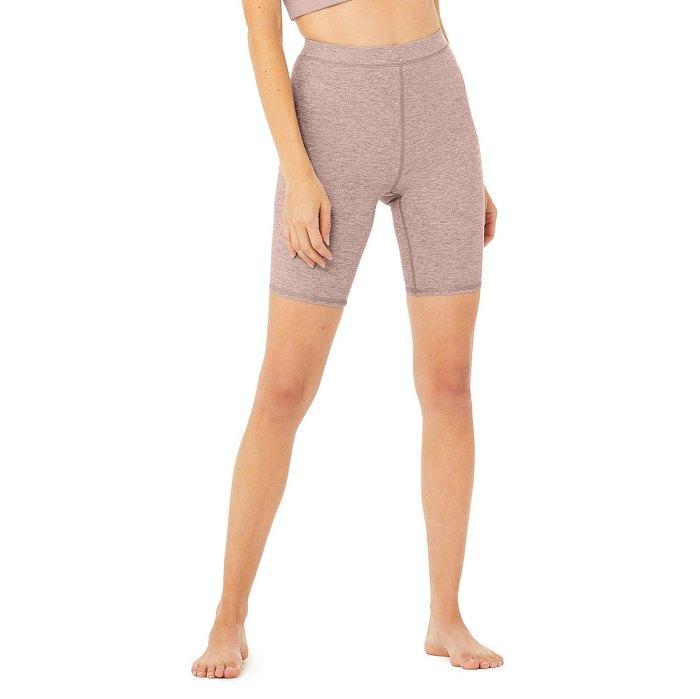 alo-yoga-rebajas-biker-shorts