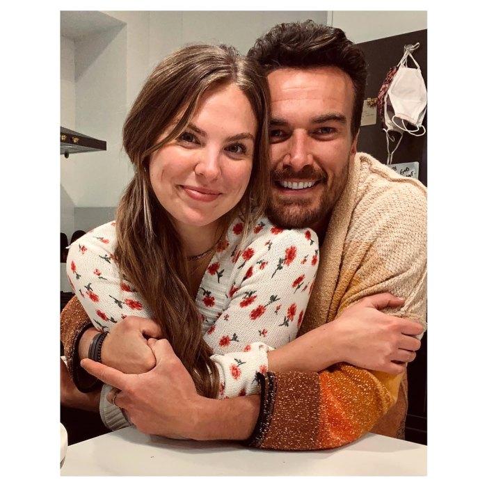 Hannah Brown gira con su novio Adam Woolard en un dulce video: 'Glad You Exist'