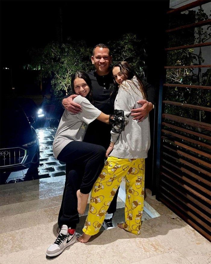 Foto de familia de las hijas de Alex Rodríguez, Natasha y Ella Sweet