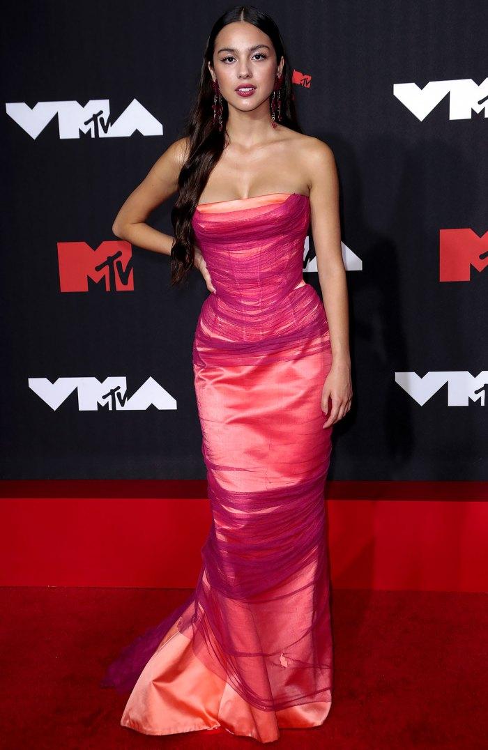 VMAs 2021 Mejor vestida (estilo semanal de EE. UU.) Olivia Rodrigo