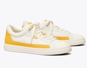 Classic Court Sneaker