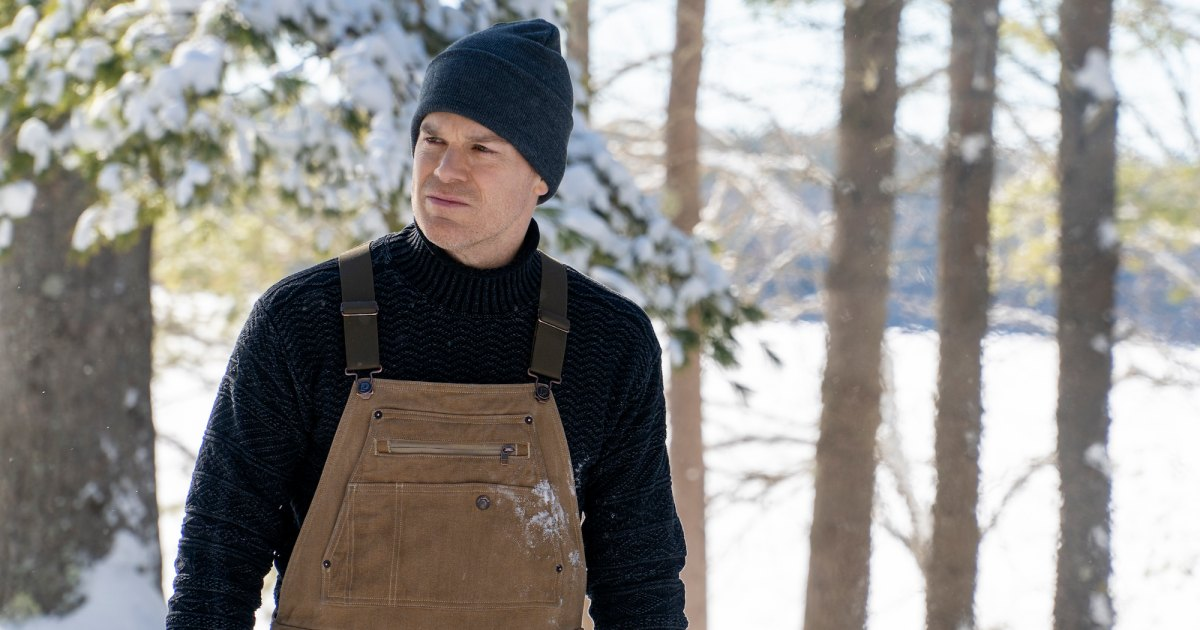 Dexter Comes Face-to-Face With His Son and Jennifer Carpenter's Debra in 1st 'New Blood' Trailer.jpg
