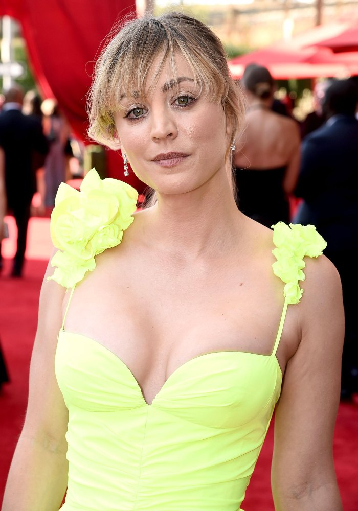 Kaley Cuoco Beauty Fashion 2021 Emmys Red Carpet 3