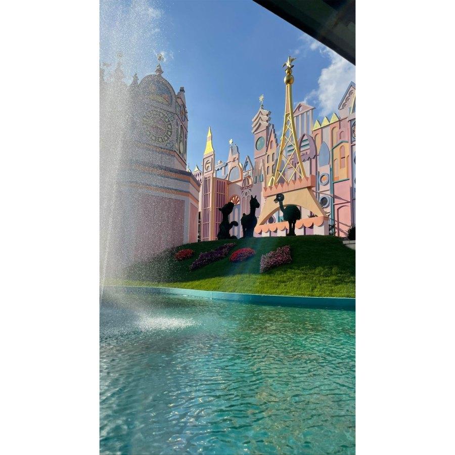 Kourtney Kardashian and Travis Barker Take Romantic Trip to Disneyland Paris 6