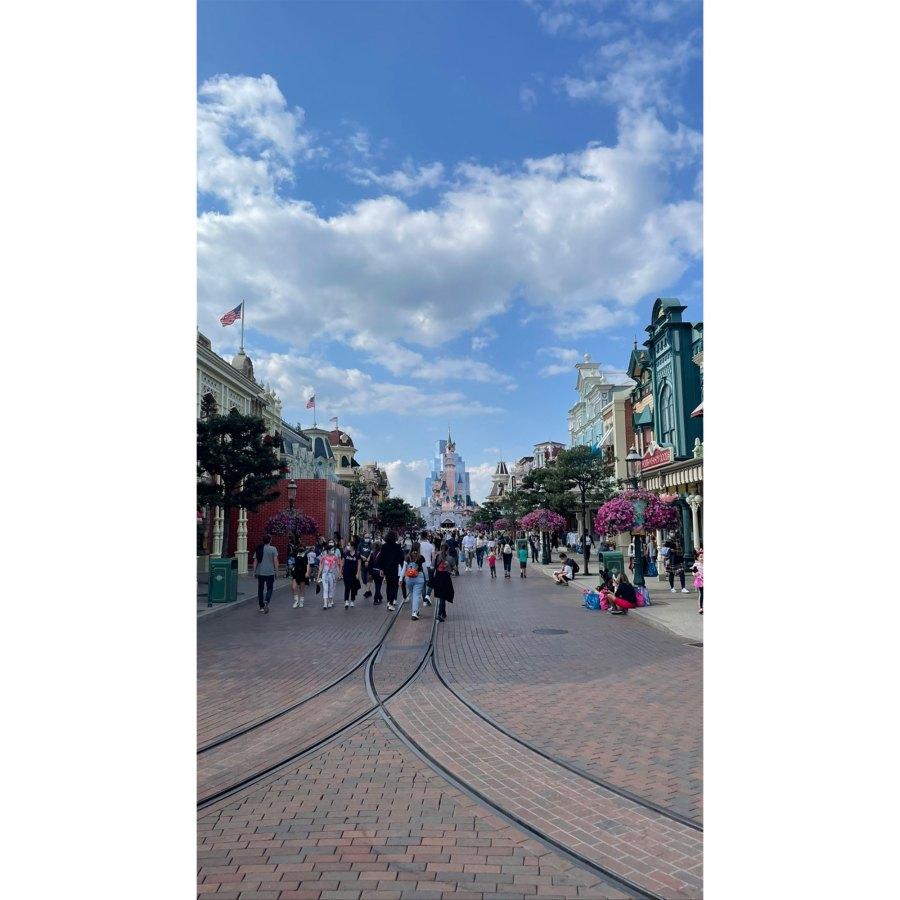 Kourtney Kardashian and Travis Barker Take Romantic Trip to Disneyland Paris 7 Main Street