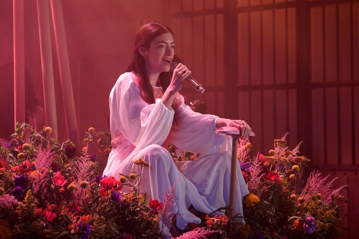 Lorde Is Not Performing At 2021 VMAs After 'Change in Production Elements'