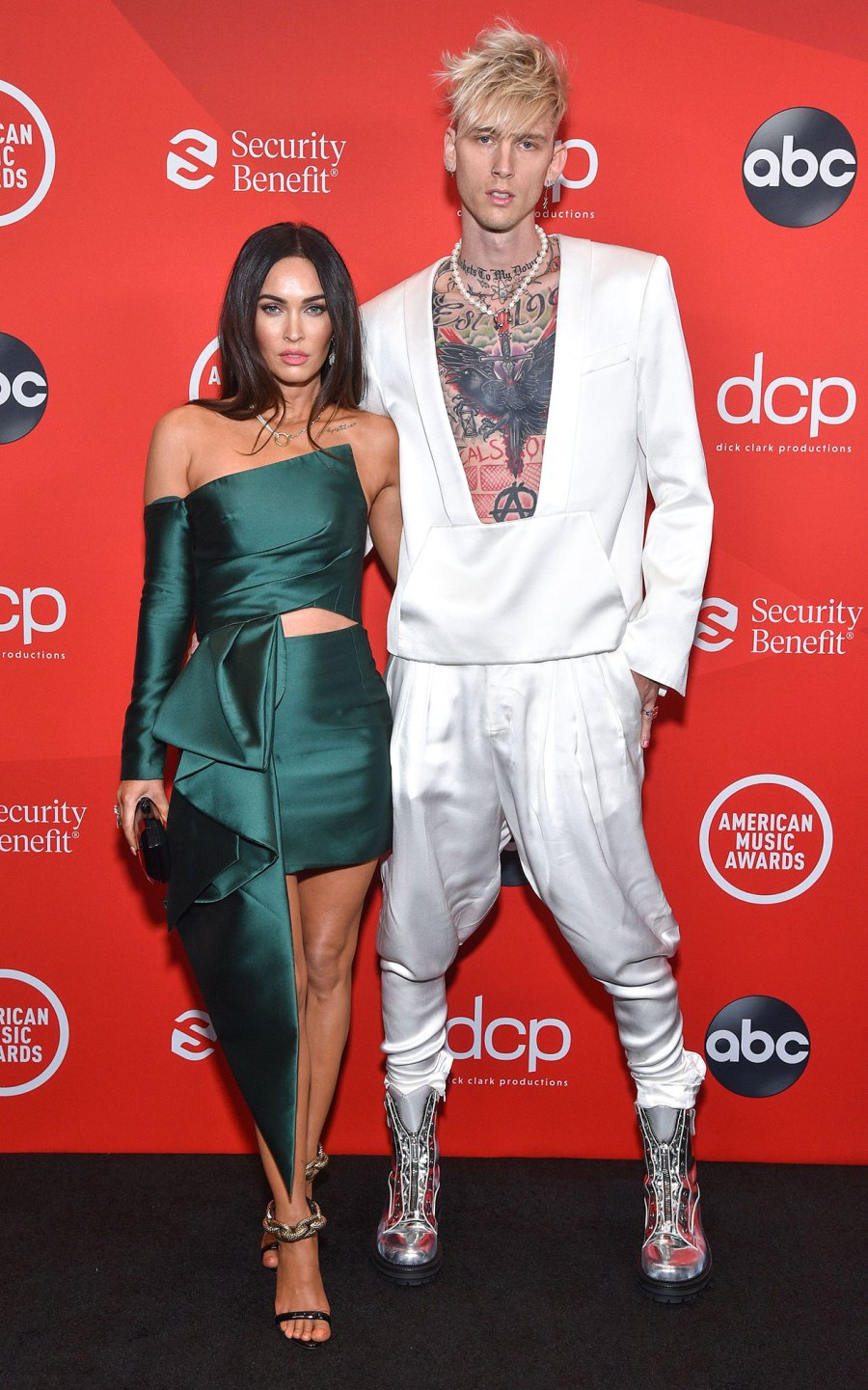 Megan Fox and Machine Gun Kelly Sexiest Couple Style Moments 5