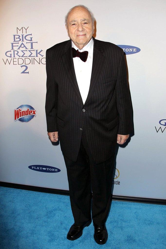 Michael Constantine Dead