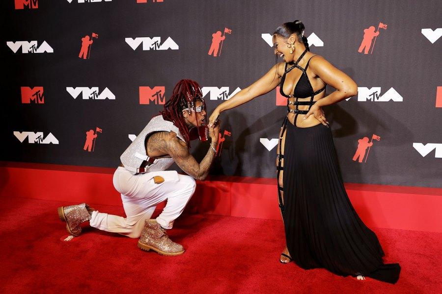 Nick Cannon Jokingly Proposes Ashanti 2021 VMAs