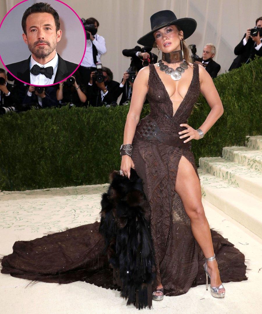 Promo Jennifer Lopez Stuns on the Red Carpet Without Ben Affleck Met Gala 2021 04