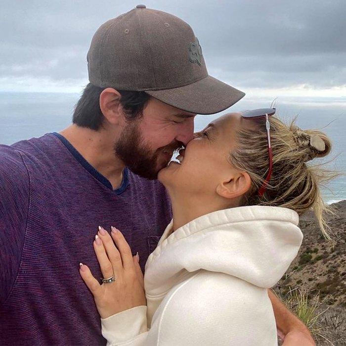 ¡Ella dijo que sí!  Kate Hudson se comprometió con Danny Fujikawa después de 5 años juntos
