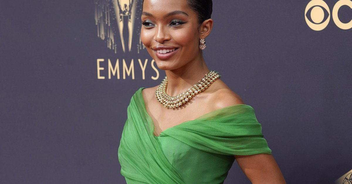 The Best Beauty Looks at the 2021 Emmy Awards.jpg