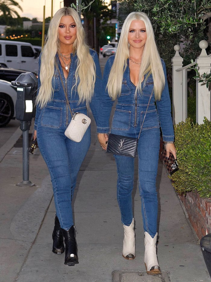 Tori Spelling Reacts to Khloe Kardashian Comparisons After Twinning Looks Go Viral 2