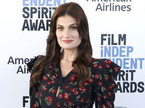 Working Mom Problems Idina Menzel Barely Fit Into Her Glee Costumes