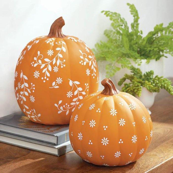 grandin-road-halloween-ditsy-pumpkins