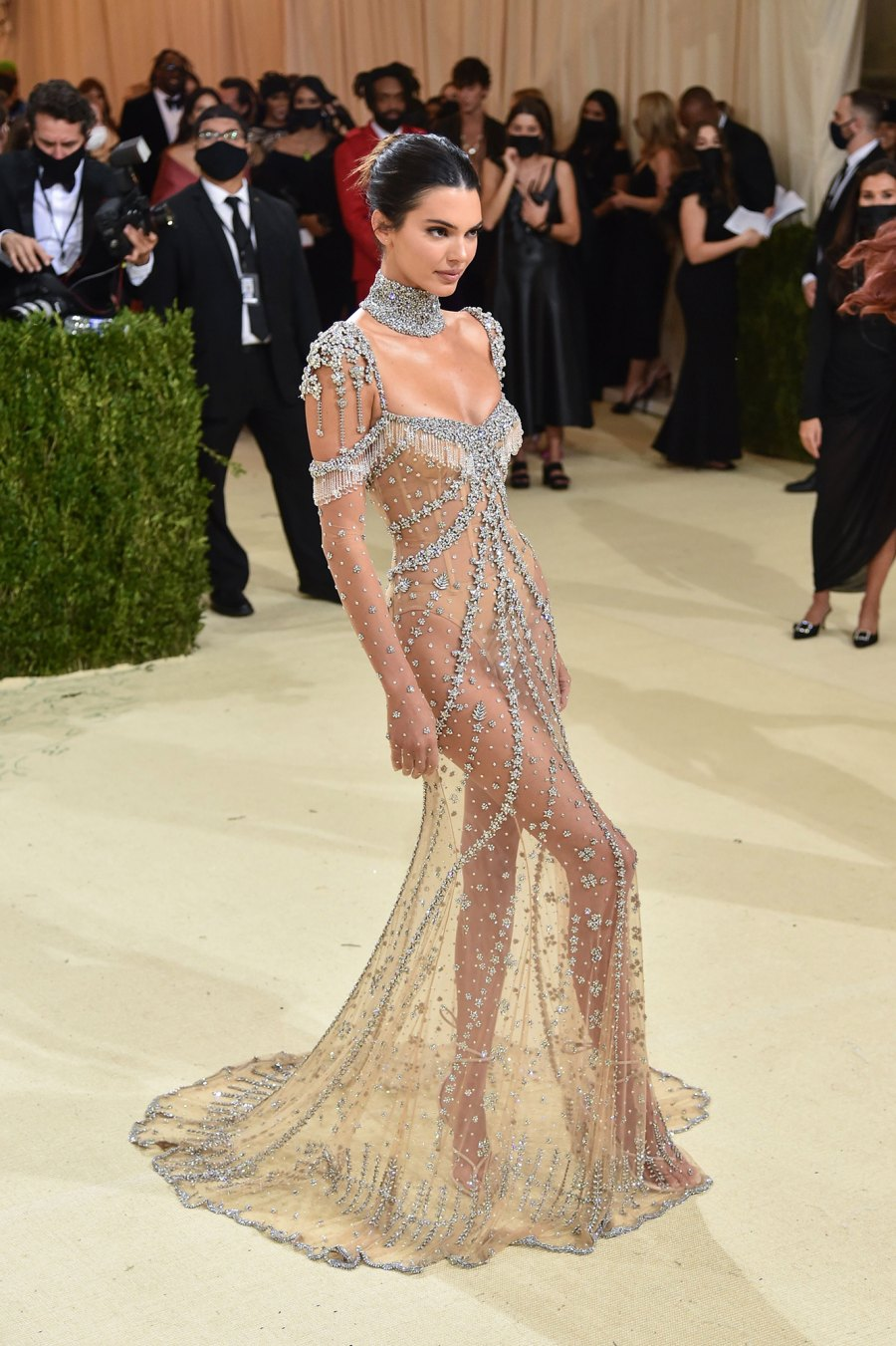 Sexy Sparkles! Kenall Jenner's Met Gala Gown Is a Very Glitzy Nod to Audrey Hepburn