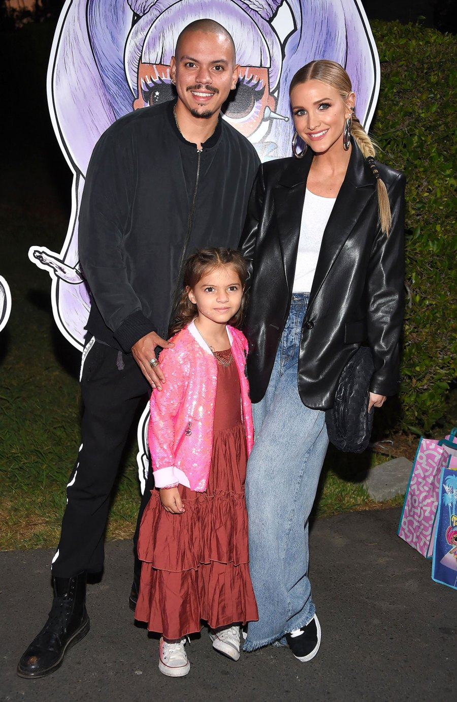 Ashlee Simpson and Evan Ross Bring Daughter Jagger to LOL Surprise Premiere 5