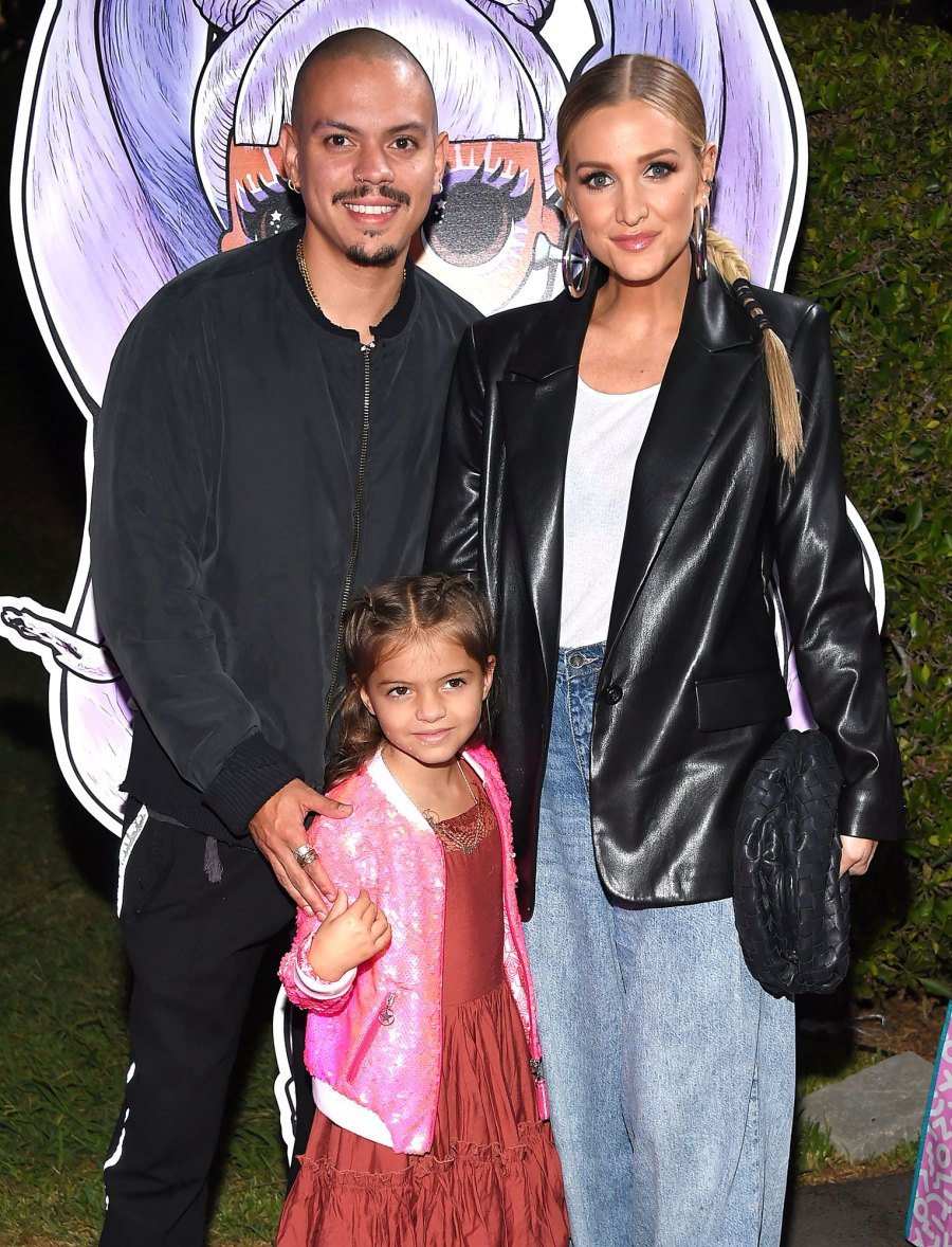 Ashlee Simpson and Evan Ross Bring Daughter Jagger to LOL Surprise Premiere 7