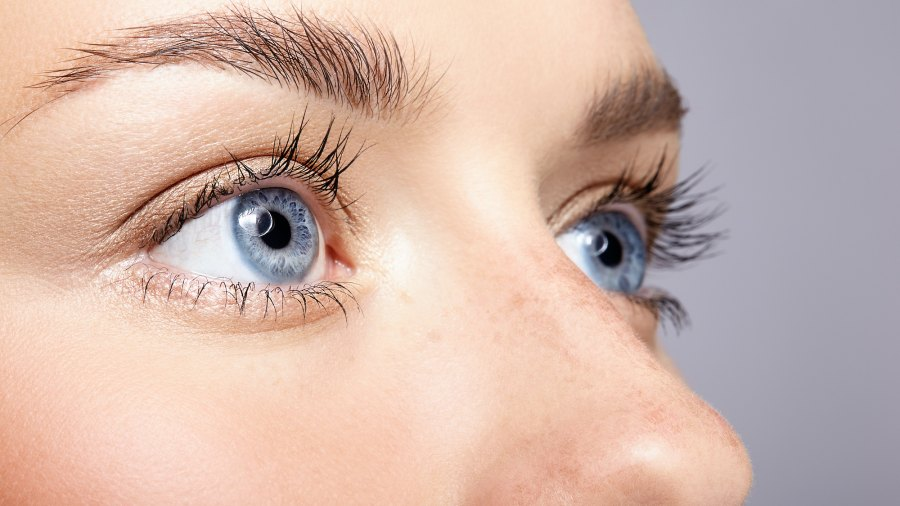 Bright-Eyes-Stock-Photo