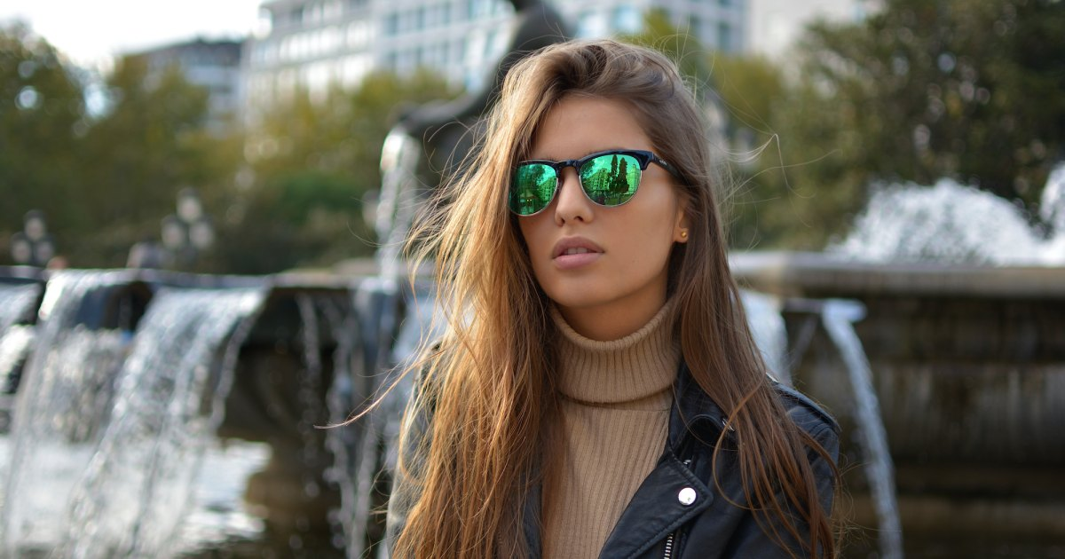 17 Turtlenecks That Will Totally Highlight Your Facial Features.jpg