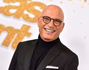 Howie Mandel Rushed Hospital After Fainting Outside Starbucks Report
