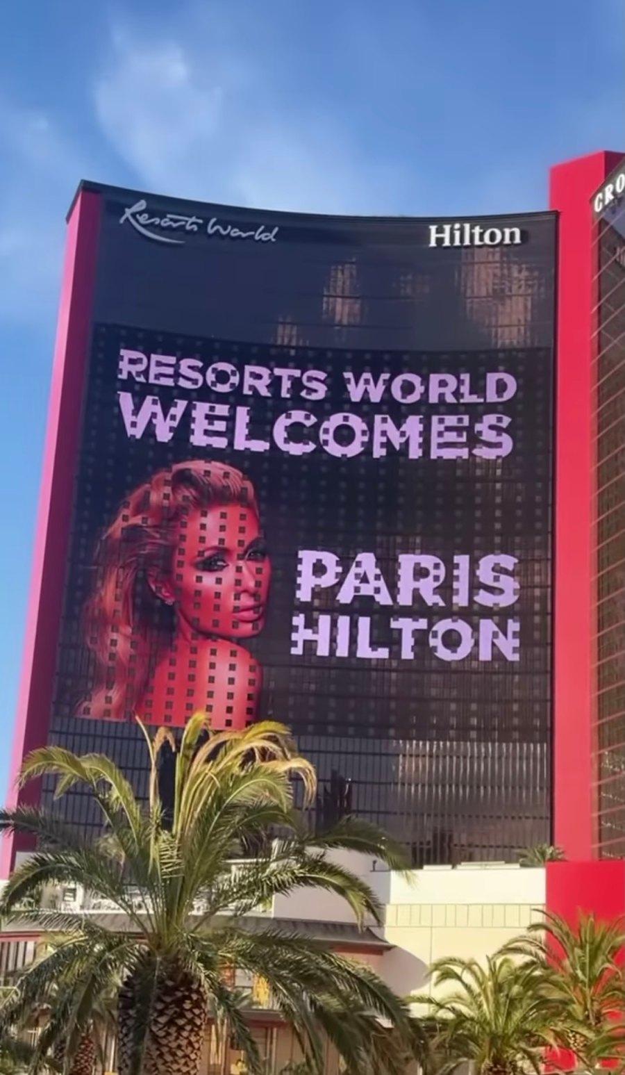 Resorts World Welcomes Paris Hilton sign