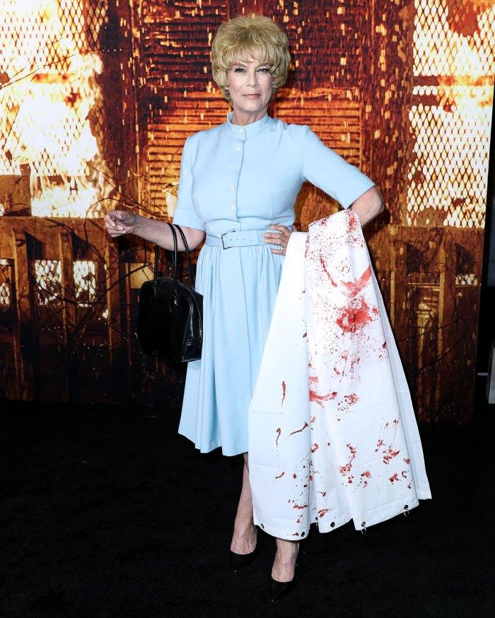 Jamie Lee Curtis Honors Late Mom in Psycho Costume at Halloween Kills Premiere