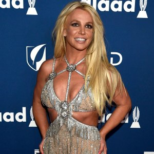 OMG! Britney Says She Looks Like 'That Girl' From JT's 'Cry Me a River' Video