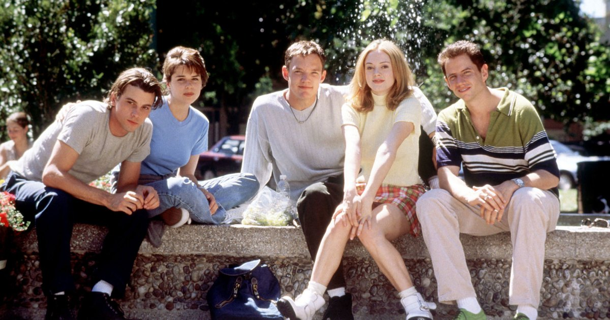 'Scream' Cast: Where Are They Now? Courteney Cox, Drew Barrymore and More.jpg
