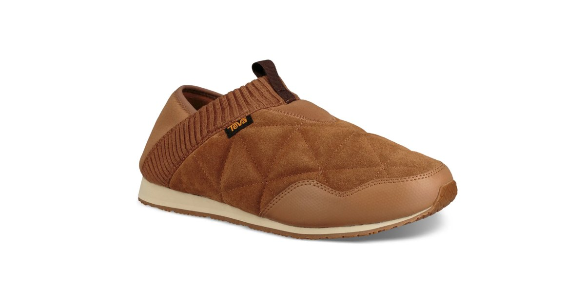 These Plush Slippers Are Such a Great Holiday Gift — 50% Off.jpg