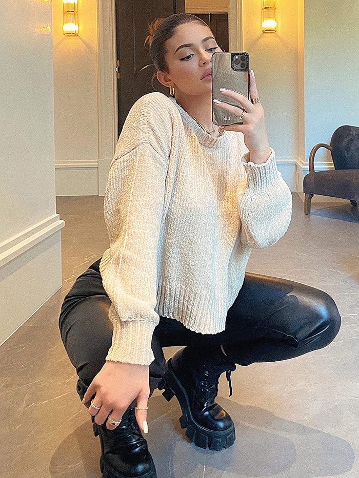 kylie-jenner-faux-leather-joggers