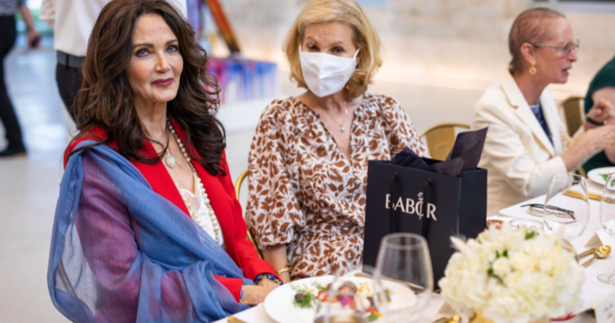 Lynda Carter Celebrates Her Wonder Woman Legacy at a Special Luncheon Sponsored by Babor.jpg