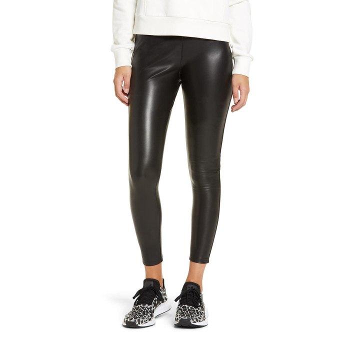 nordstrom-fall-fashion-faux-leather-leggings