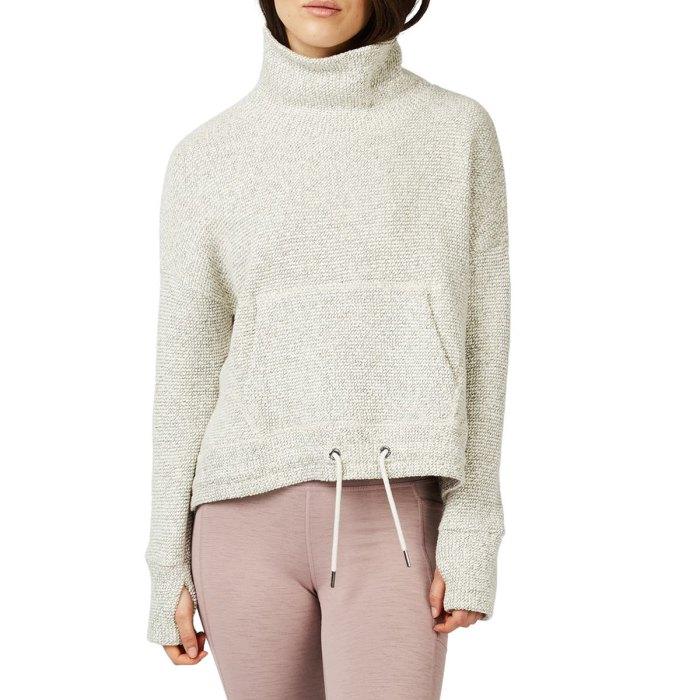 nordstrom-fall-fashion funnel neck sweatshirt
