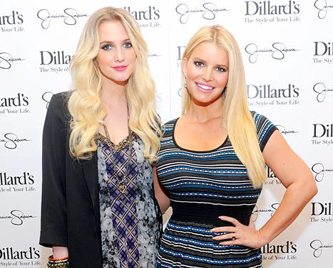 Ashlee Simpson and Jessica Simpson