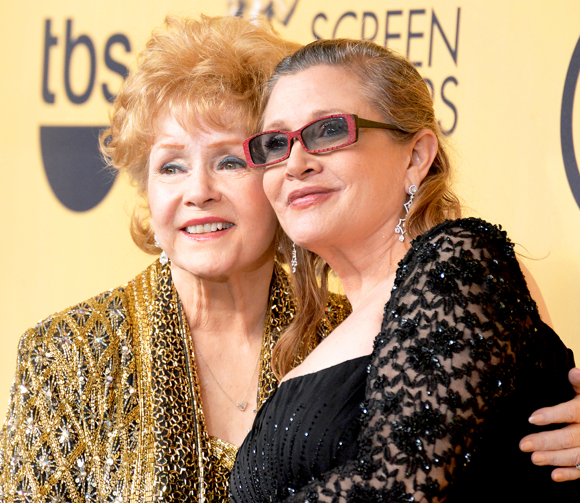 Debbie Reynolds and Carrie Fisher at the Screen Actors Guild Awards in January 2015.