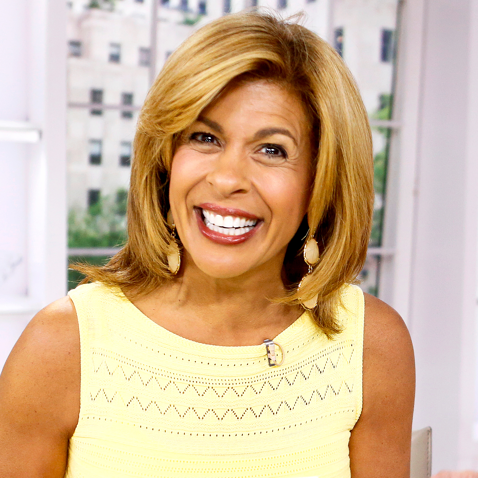 Today Shows Hoda Kotb Adopts A Baby Girl First Photo