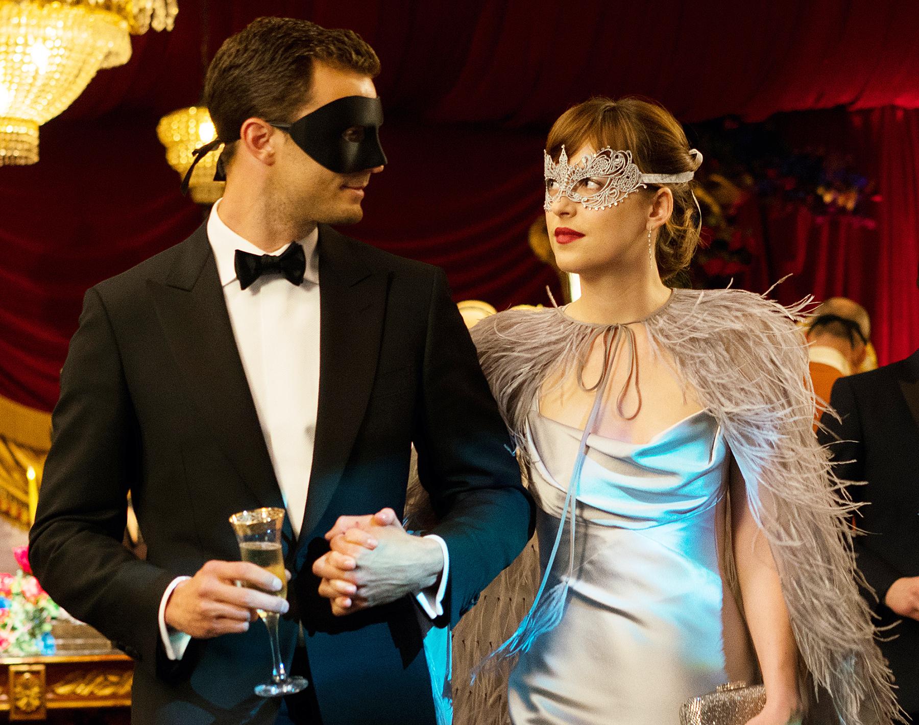 Jamie Dornan Christian Grey Dakota Johnson Anastasia Steele 50 Shades Darker