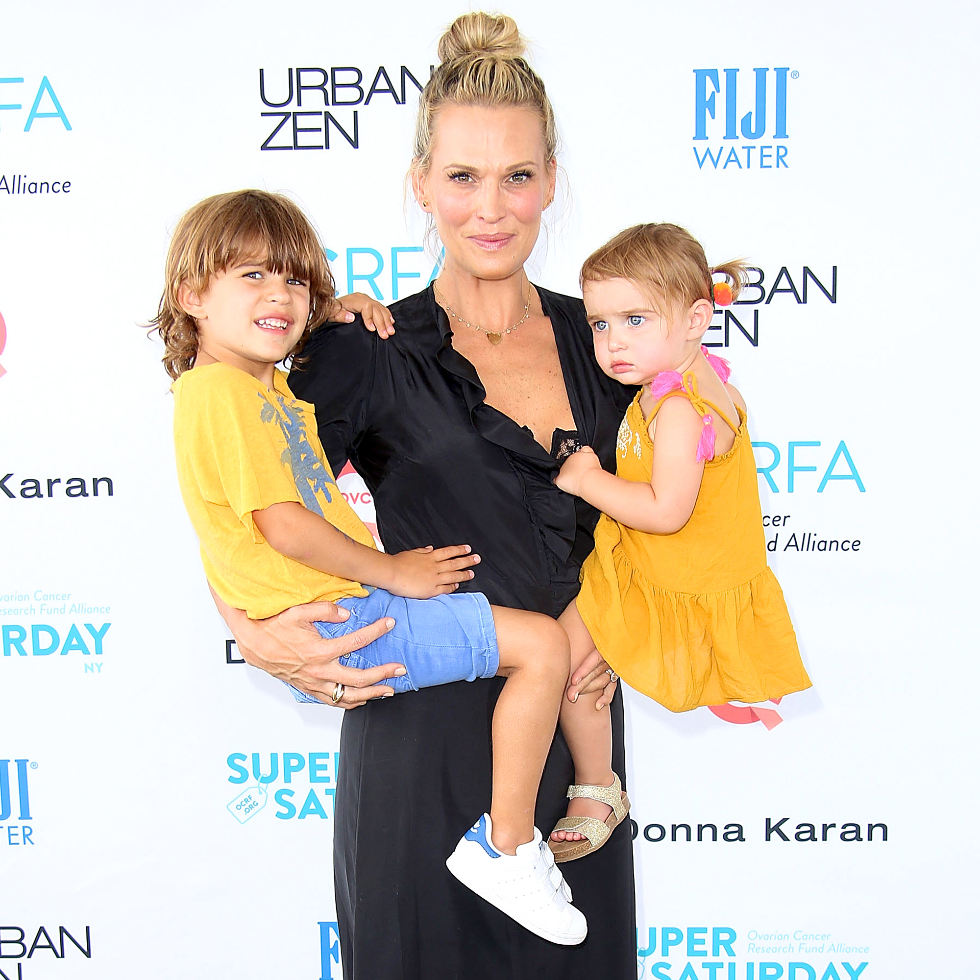 Molly Sims, Brooks and Scarlett