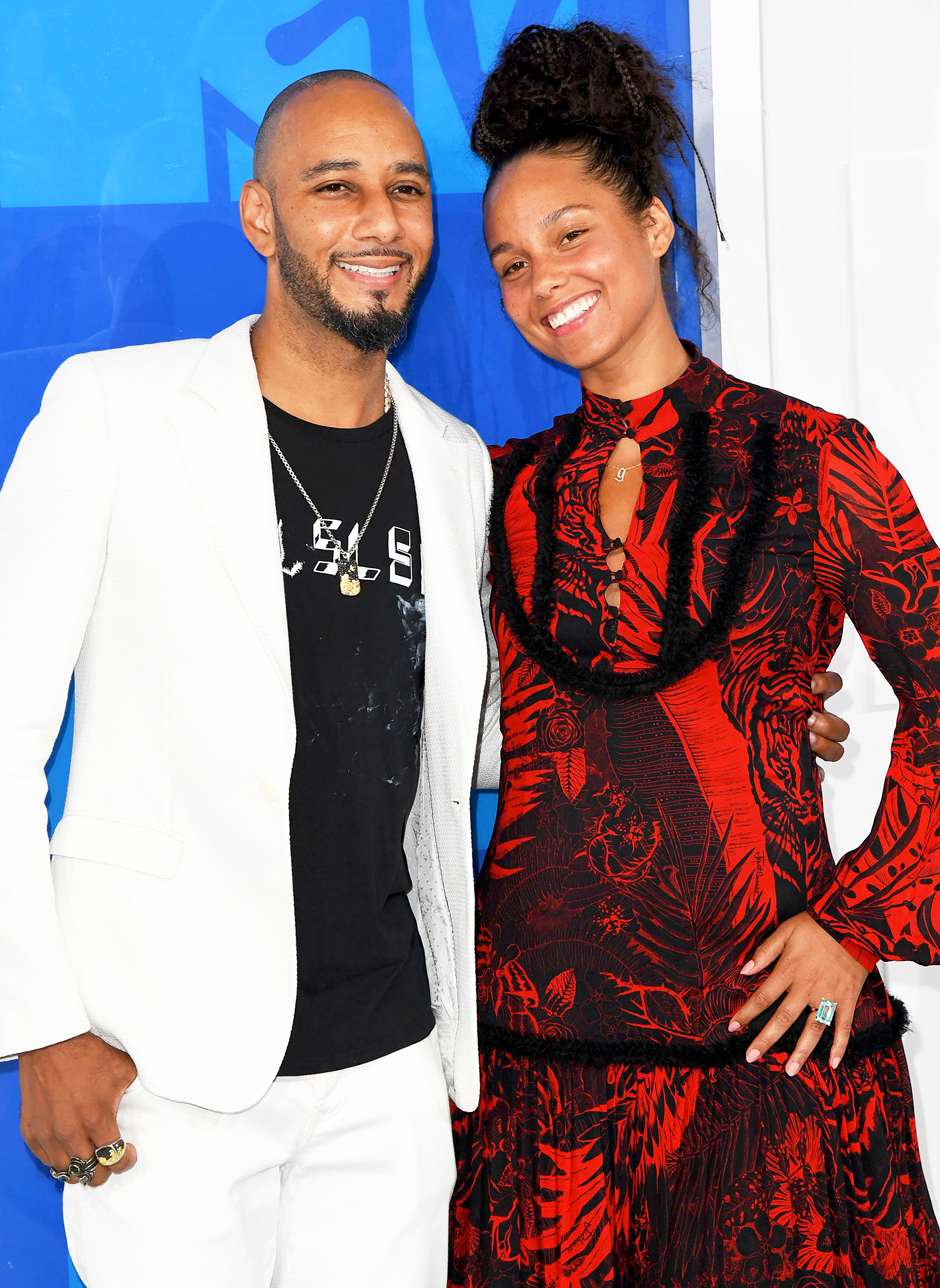 alicia-keys-pens-heartfelt-anniversary-note-to-swizz-beatz