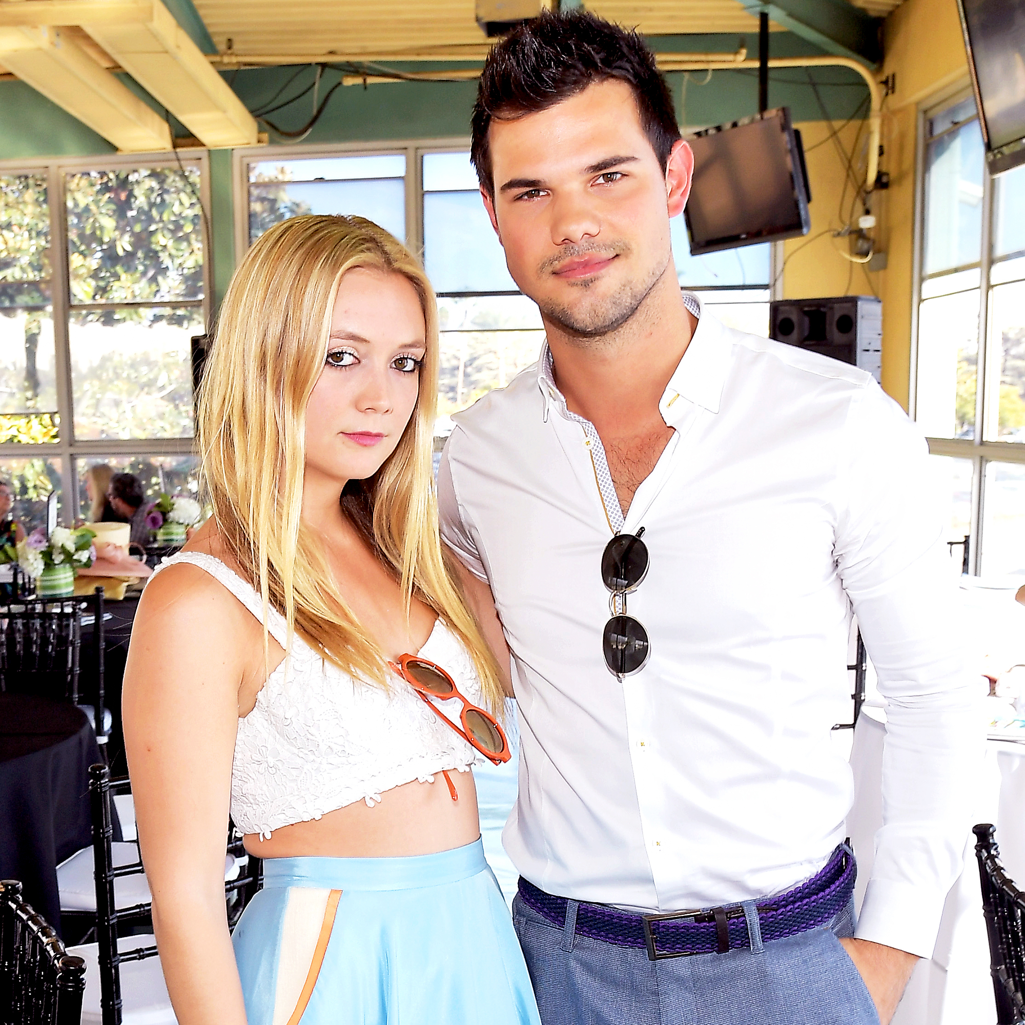 Who is taylor lautner dating right now