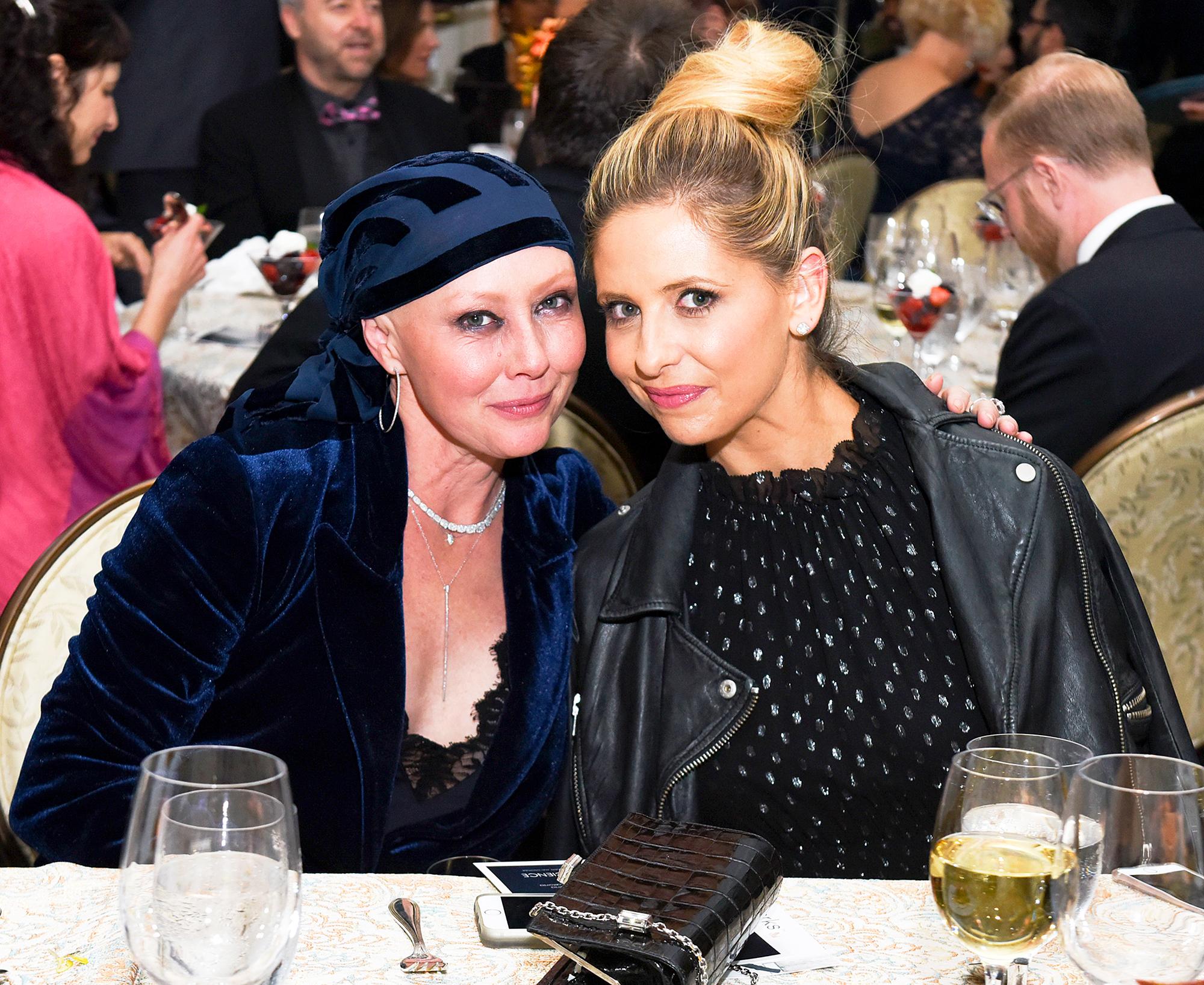 Shannen Doherty and Sarah Michelle Gellar
