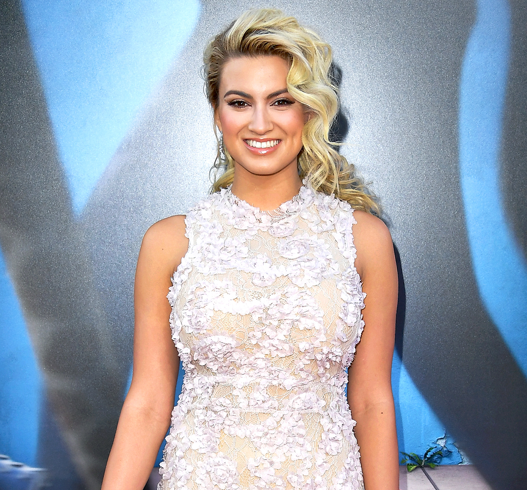 Tori Kelly Is Engaged to Andre Murillo! See Her Stunning Engagement Ring